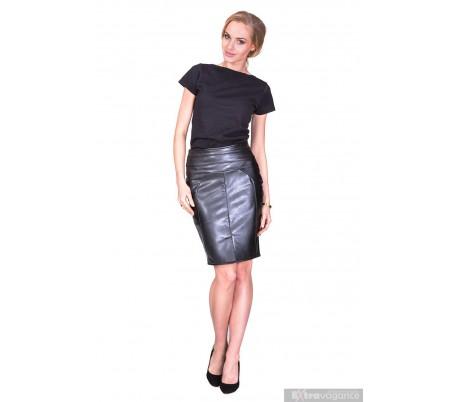 Elegantní sukně z umělé kůže rozparek na přední straně